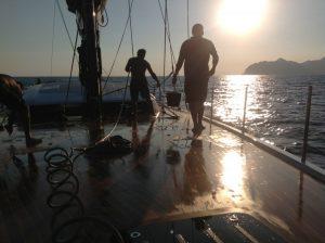 entretien de bateau cannes antibes nettoyage lavage gardiennage yacht cote d'azur