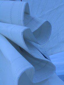 entretien voiles bateau cote d'azur cannes antibes golfe juan monaco