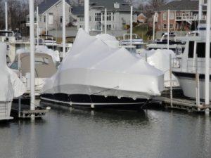 hivernage à flot, cocon, gardiennage bateau, thermo bachage, protection bateau